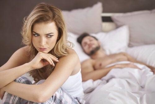 여성의 성 불감증: 원인과 치료