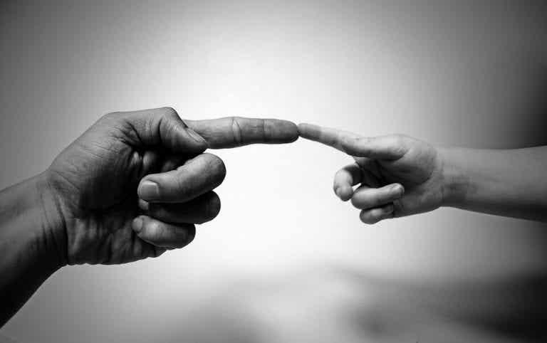 제스처는 하나의 세계: 문화에 따라 의미가 달라지는 몸짓