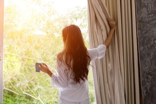 일찍 일어나기 위한 전략 5가지