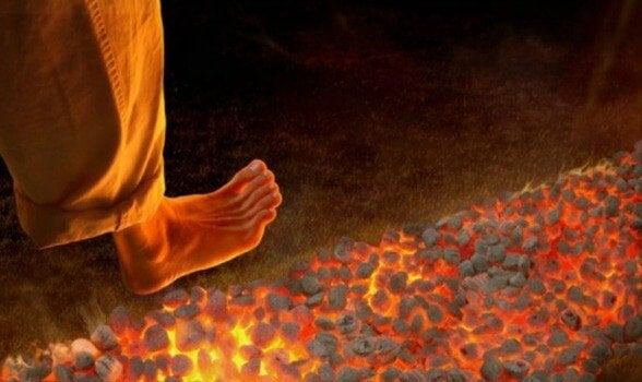 불 위 걷기: 새롭지만 위험한 동기유발 기술