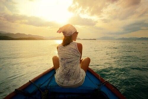 삶은 남이 닦아놓은 길에서 행복을 찾기가 불가능하다