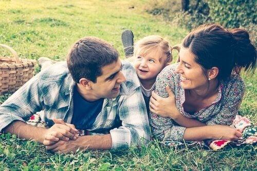 정서적 부재를 피하기 위해 아이와 소중한 시간을 보내야 한다