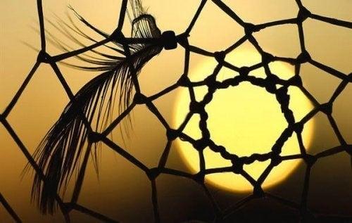 드림 캐처는 인디언 부족의 소중한 전설이다
