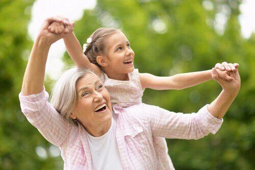 가족 내에서의 조부모의 역할
