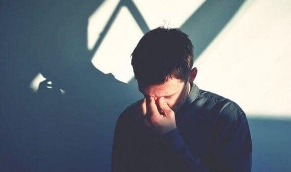 삶을 힘들게 만드는 10가지 정신적인 습관