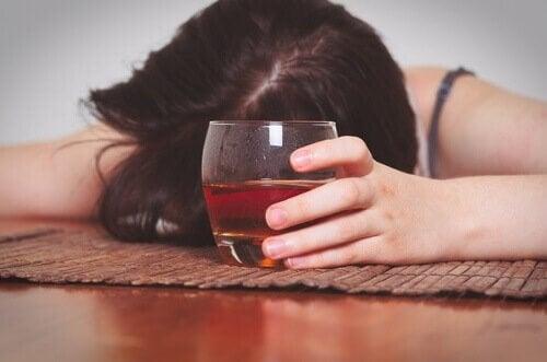 음주, 망각을 도와주지 않는다 01