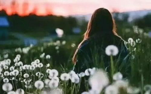 모든 감정을 자유롭게 탐닉할 수 있어야 한다