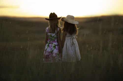 평생에 걸쳐 발전해나가는 우정
