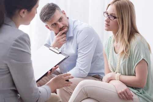 중재의 핵심: 말하는 것이 아니라 듣는 것