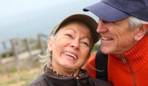 부정적인 표현은 나중에 말하는 것이 좋다는 연구가 있다