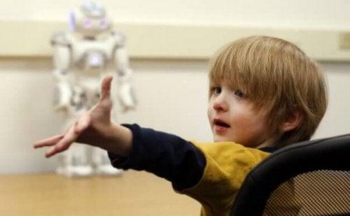 자폐아가 로봇과는 소통을 한다