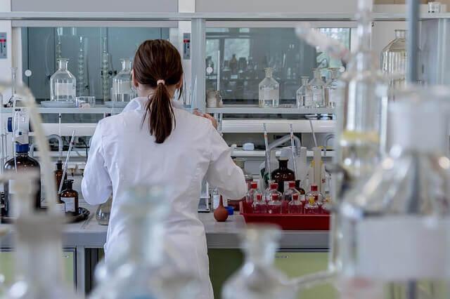 여성 과학자