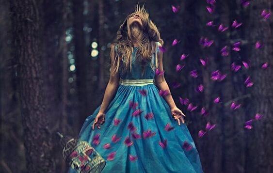 꽃잎과 여자
