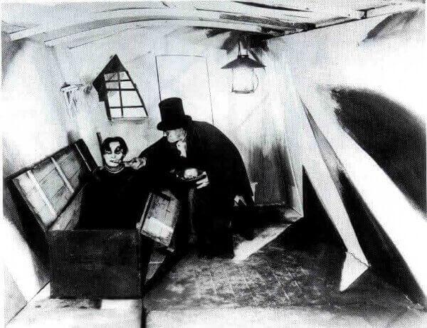 20세기 초반 심리 공포 영화