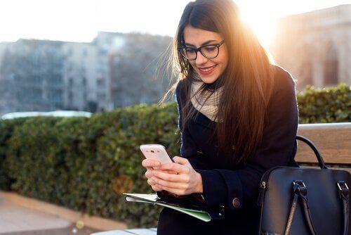무엇이 온라인 데이트를 더 스트레스가 되게 만드는가?