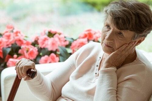 양로원에서 보내는 노년기의 외로움