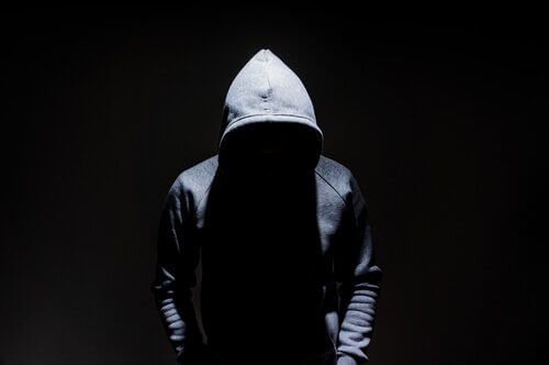 테러리스트와 범죄 조직의 차이