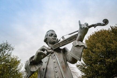 바이올린 켜는 모차르트