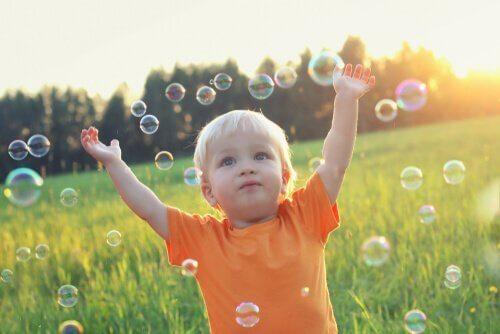심리적 행동주의 어린 아이