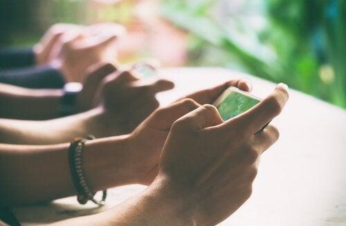 기술 끊기: 현실과 연결되기