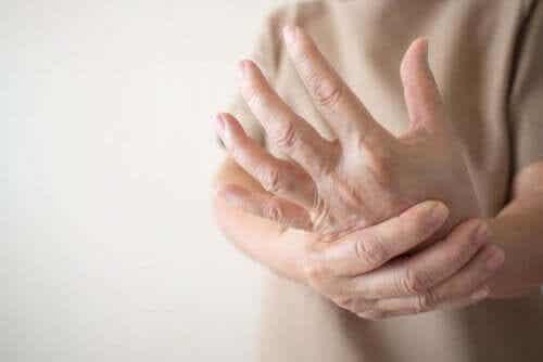 말초신경병증: 감각을 느끼지 못하는 병