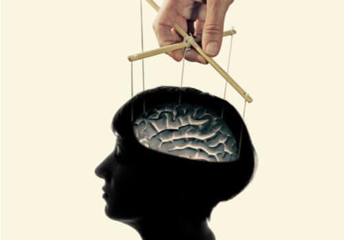 세뇌는 진짜인가? 아니면 그저 미신인가?