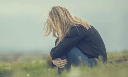 자신감이 떨어질 때 찾아오는 불안한 감정은 무겁다