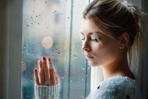 부정적인 감정을 받아들이면 더 행복해질까?
