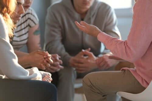 정신분열병을 치료하기 위한 통합심리치료법