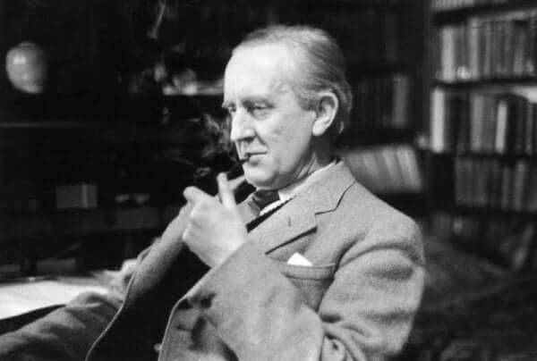 J.R.R. 톨킨: 책 속에 숨겨진 삶