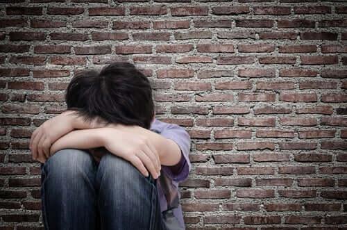 소년 및 남성에 대한 성적 학대의 상처
