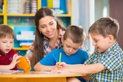 교사들은 언제 교육과정을 수정하는가