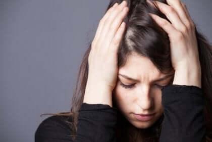 신경증 및 정신병 방어 메커니즘
