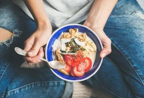 의식이 있는 식사: 음식과 친구가 되다