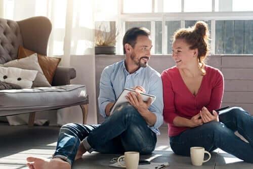 격리 기간 동안 관계를 강화하는 방법