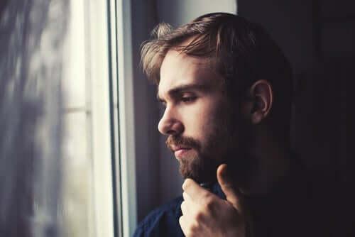 혼자 격리 중일 때 대처하는 방법
