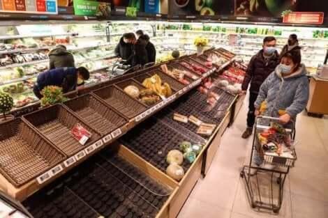 공황 상태에서의 구매는 더 많은 공황 상태를 일으킨다: 공포의 악순환