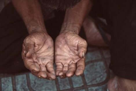 빈곤퇴치에서 사회서비스의 역할