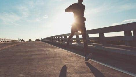 과도한 훈련은 사람들을 더 충동적으로 만든다