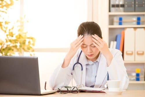 의료 전문가의 번아웃 증후군