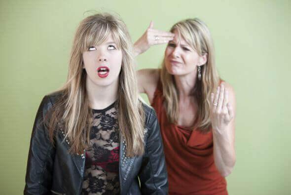 쉽게 만족하지 않는 부모들은 완벽함에 집착한다