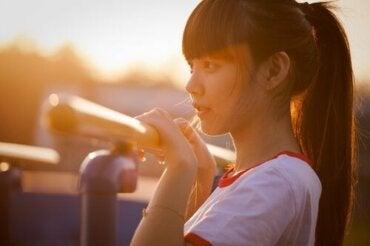 소녀들의 뇌가 소년들의 뇌보다 더 빨리 성숙해질까?
