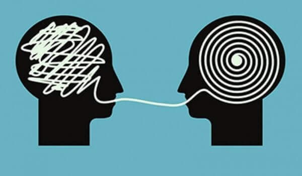 잘못된 생각을 유지하는 사람을 바로잡는 방법