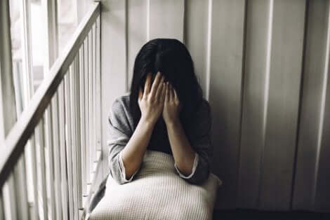 잘못된 믿음은 도움을 요청하는 것을 어렵게 만든다.