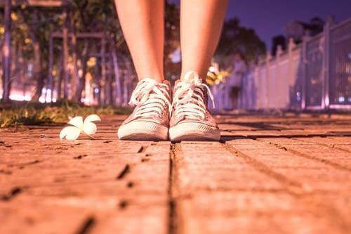 개인적인 책임: 신발 속의 돌을 제거하는 일
