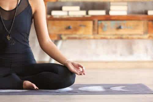 집에서 연습할 수 있는 3가지 명상 연습