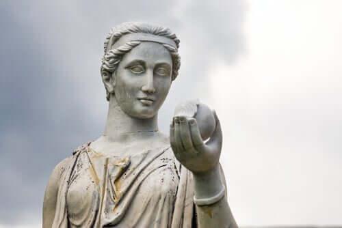 헤라의 신화: 올림퍼스 산의 여신