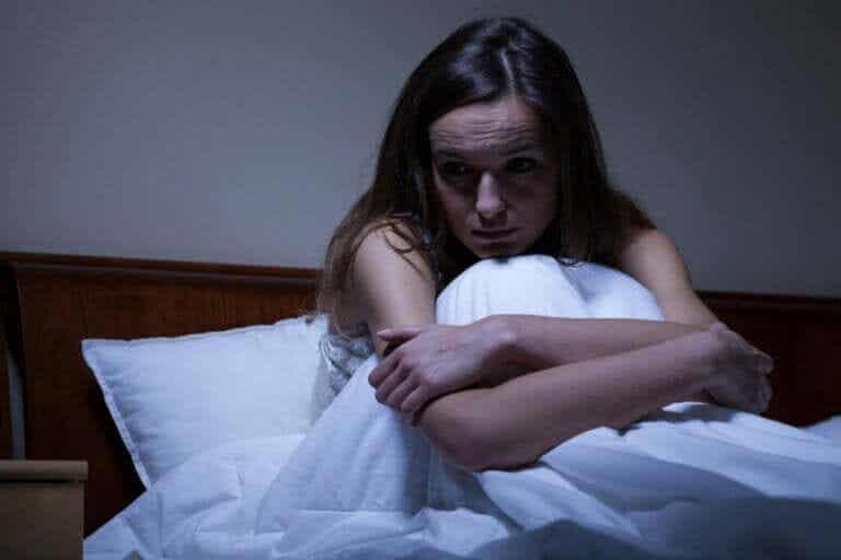 야간 불안의 원인과 치료법