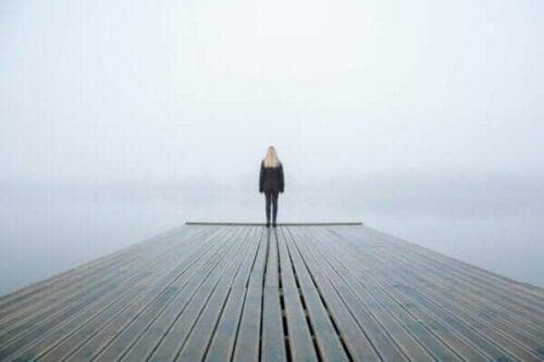 왜 우리는 침묵을 두려워할까?