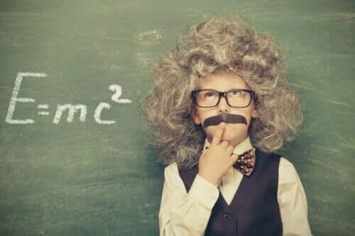 아인슈타인은 모차르트보다 똑똑했는가?